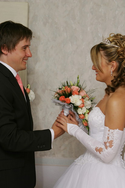 Когда дарит жених букет невесте на свадьбу